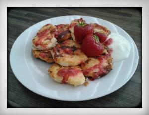 typisch russisch eten ontbijt recept tvorog pannenkoeken syrniki