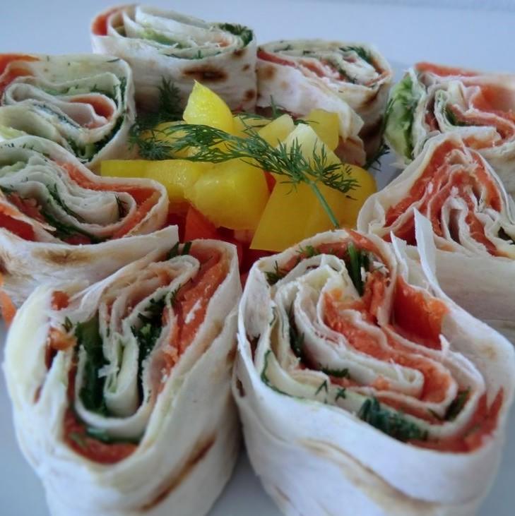 lavash_salmon_roll